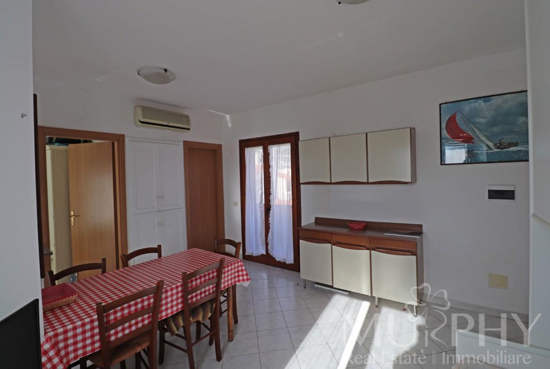 -fornace03-bilocale-vista-mare-soggiorno