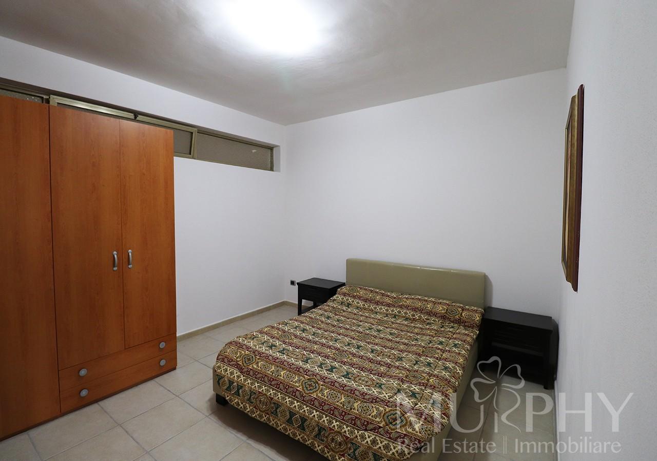 130-la-maddalena-vendita-immobiliare-murphy-pecorella2-camera