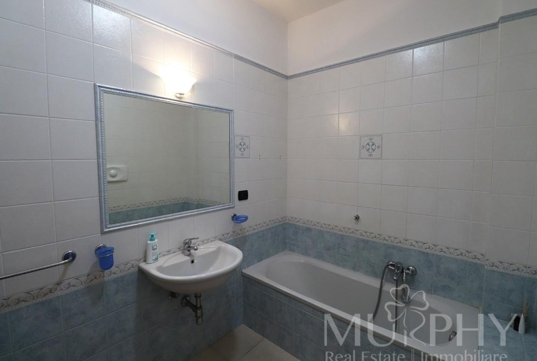 150-la-maddalena-vendita-immobiliare-murphy-pecorella2-bagno