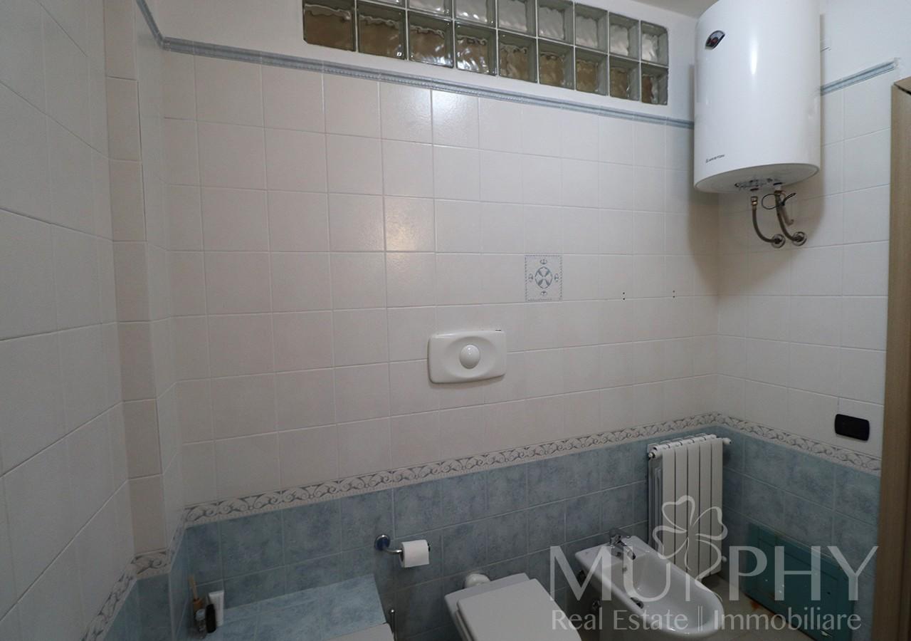 160-la-maddalena-vendita-immobiliare-murphy-pecorella2-bagno