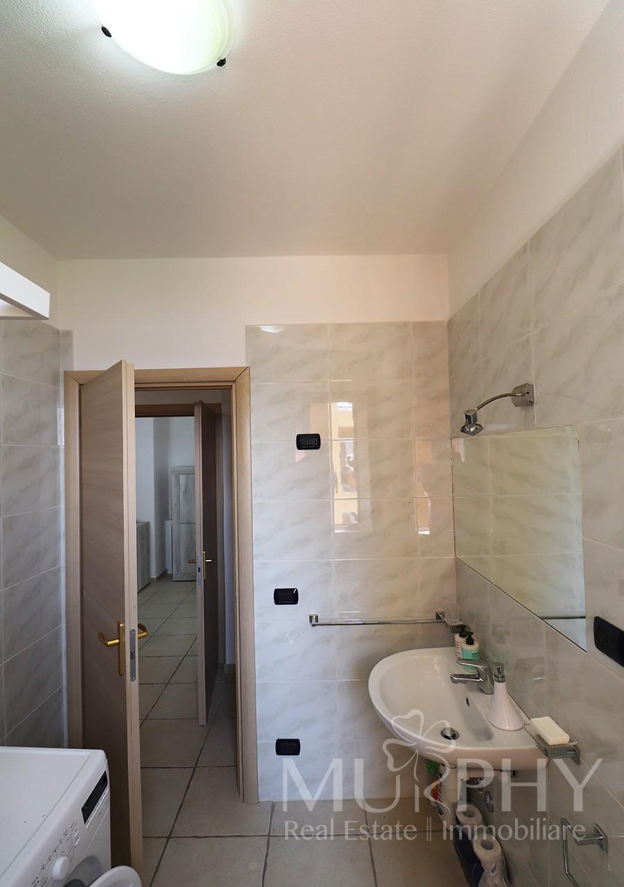 180-la-maddalena-vendita-immobiliare-murphy-pecorella2-bagno.