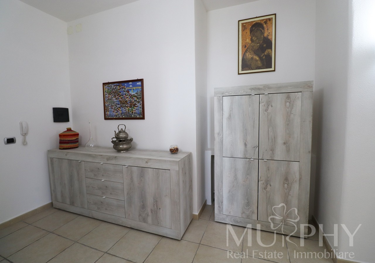 20-la-maddalena-vendita-immobiliare-murphy-pecorella2-ingresso