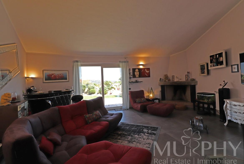 la-maddalena-vendita-immobiliare-murphy-villaggio-piras-soggiorno