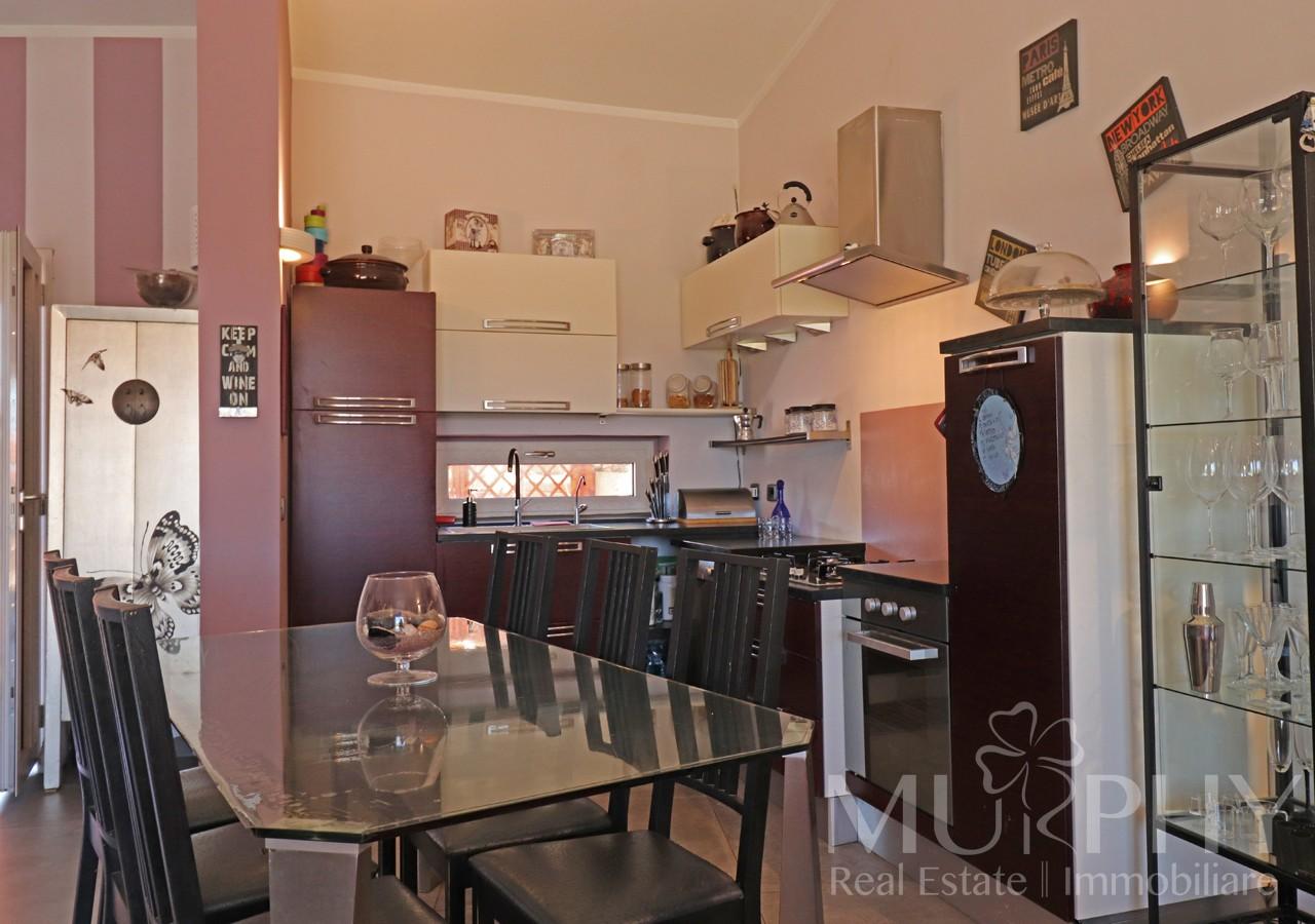 la-maddalena-vendita-immobiliare-murphy-villaggio-piras-angolo-cottura