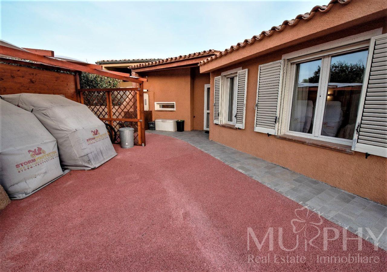 la-maddalena-vendita-immobiliare-murphy-villaggio-piras-ingresso