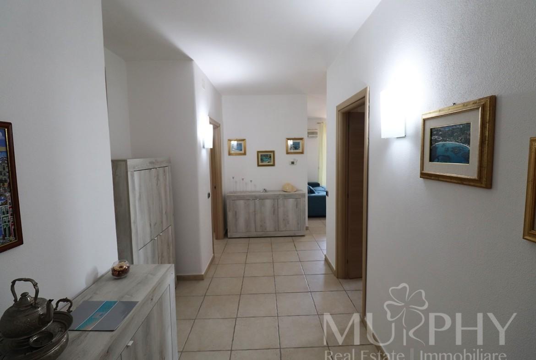 9-la-maddalena-vendita-immobiliare-murphy-pecorella2-ingresso