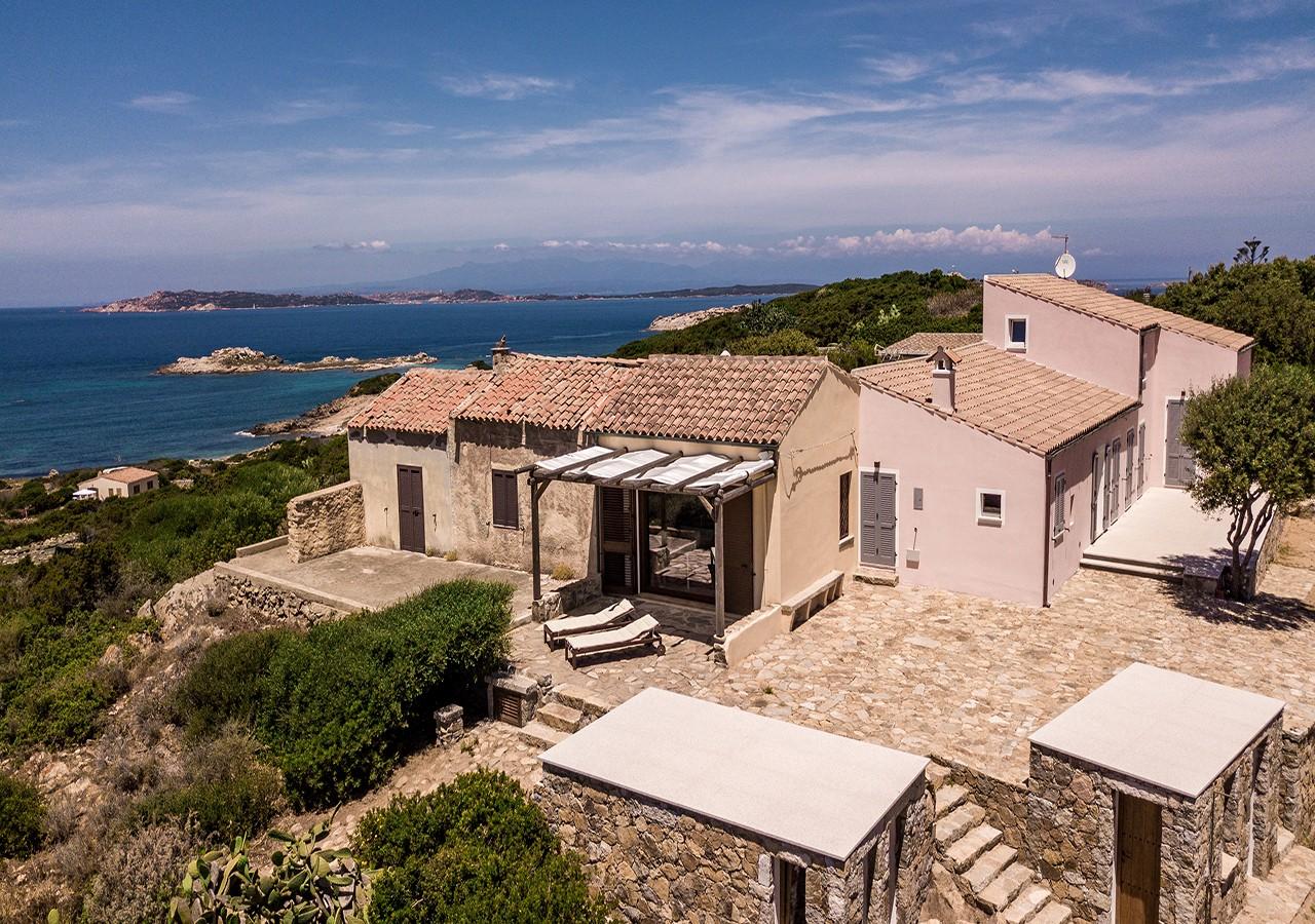 10-la-maddalena-affitto-immobiliare-murphy-windseahouse-esterno