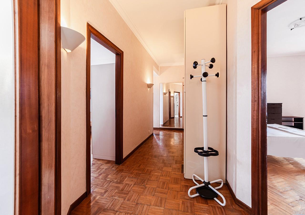140-la-maddalena-affitto-immobiliare-residenza-sabatini-corridoio