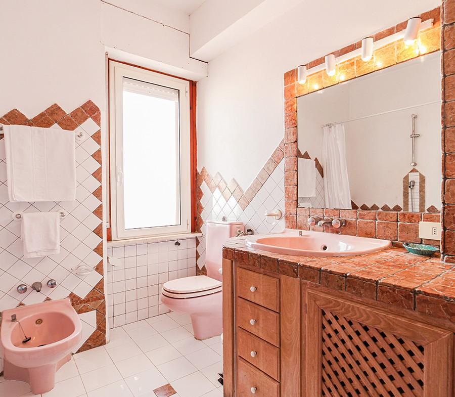 180-la-maddalena-affitto-immobiliare-residenza-sabatini-bagno