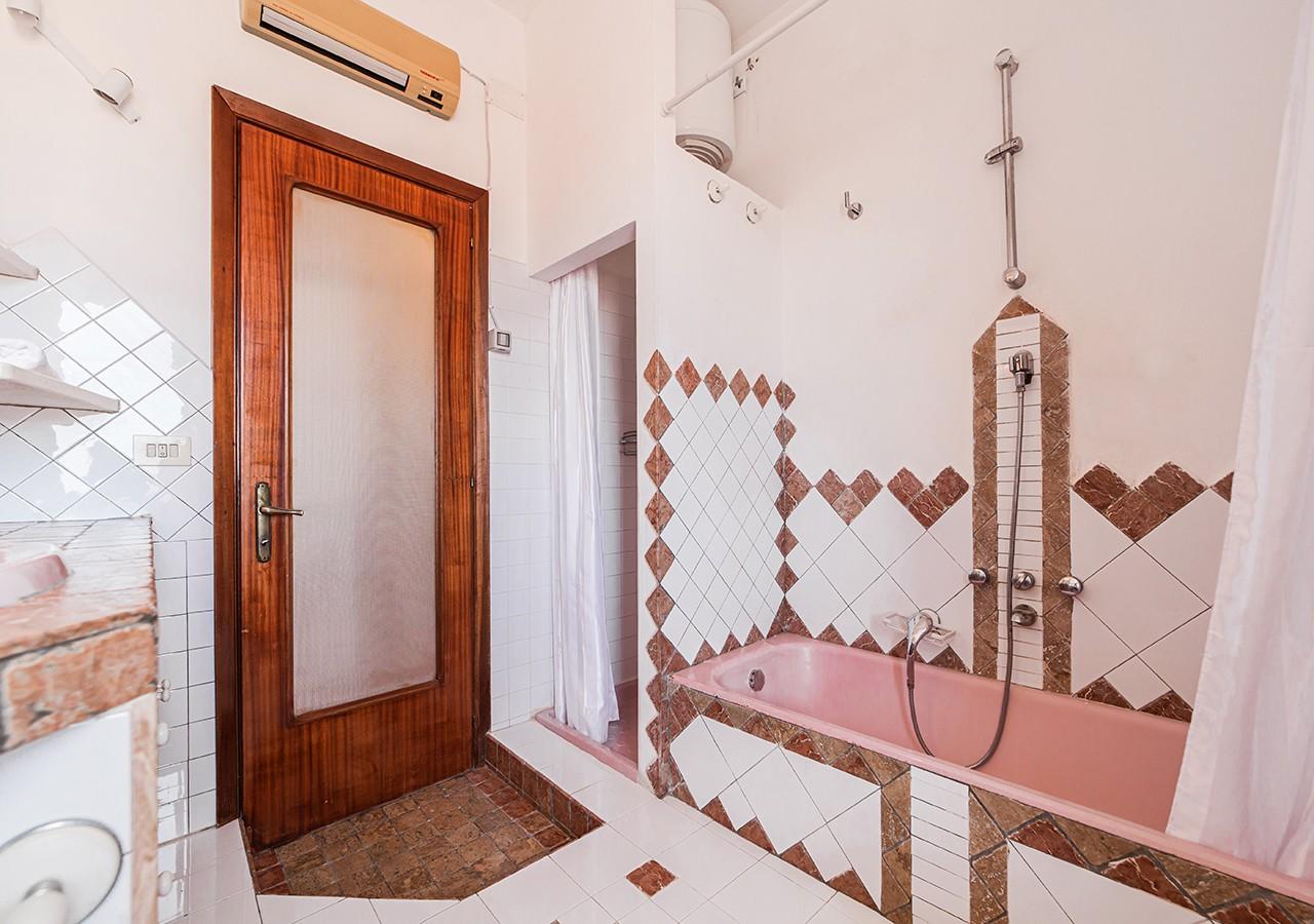 190-la-maddalena-affitto-immobiliare-residenza-sabatini-bagno