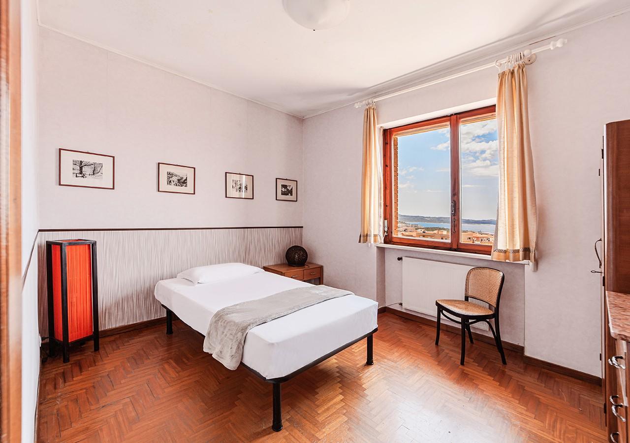 120-la-maddalena-affitto-immobiliare-residenza-sabatini-camera