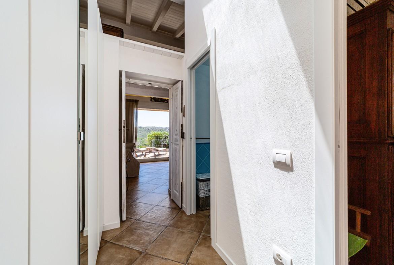 120-la-maddalena-affitto-immobiliare-murphy-windseahouse-corridoio