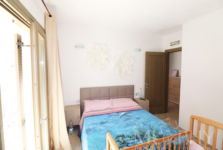 130-la-maddalena-vendita-immobiliare-murphy-via-terralugiana-camera-matrimoniale