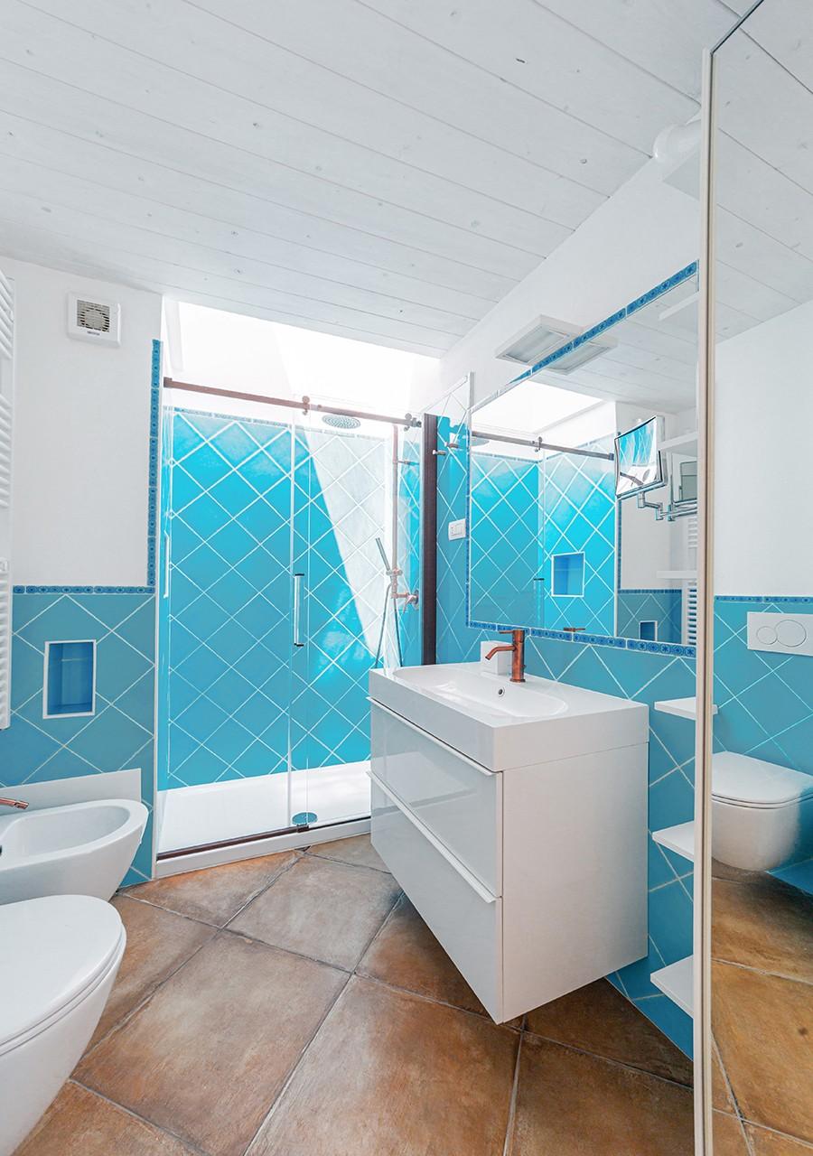 140-la-maddalena-affitto-immobiliare-murphy-windseahouse-bagno