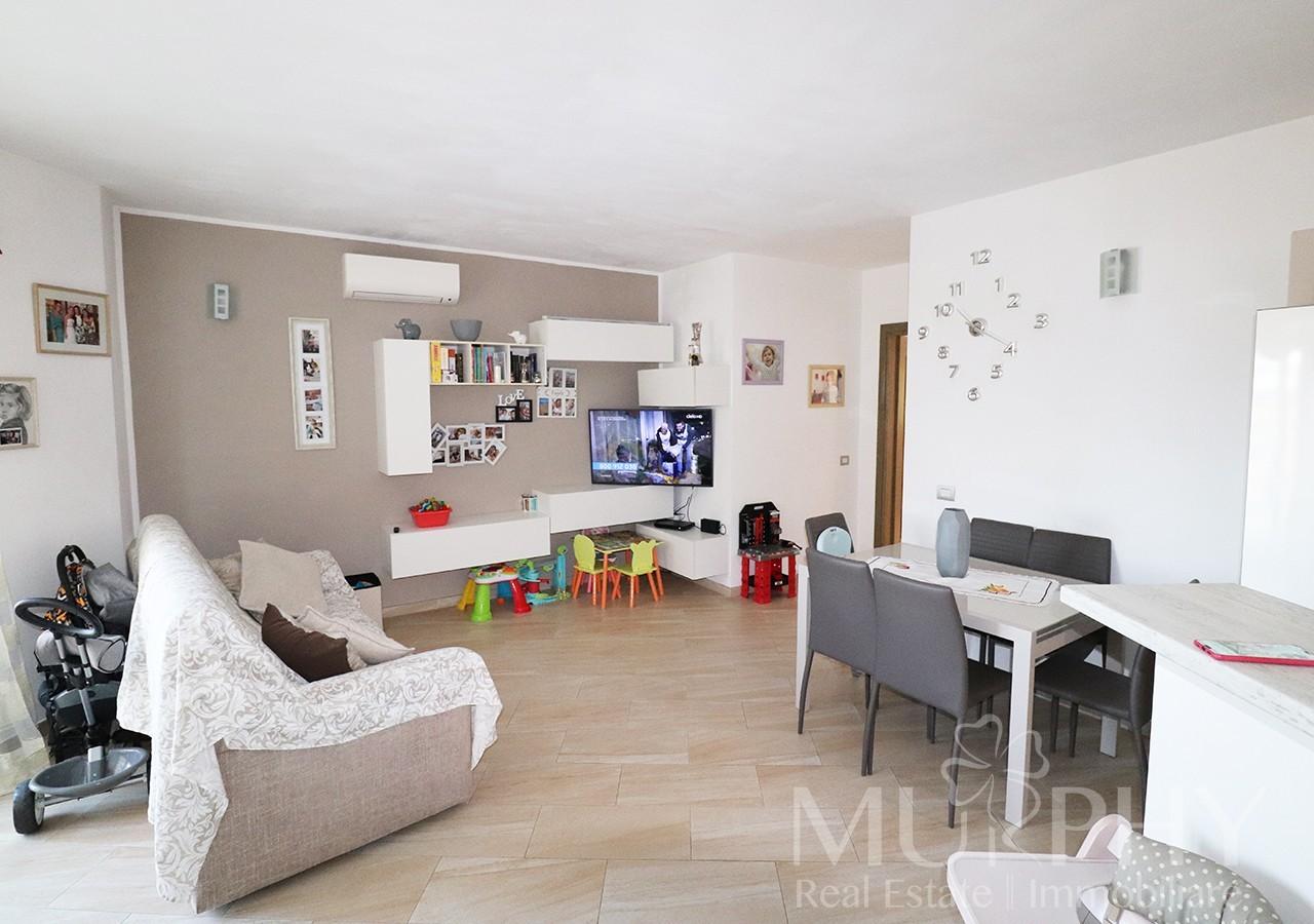 40-la-maddalena-vendita-immobiliare-murphy-via-terralugiana-soggiorno