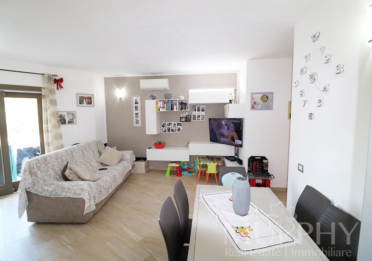 60-la-maddalena-vendita-immobiliare-murphy-via-terralugiana-soggiorno