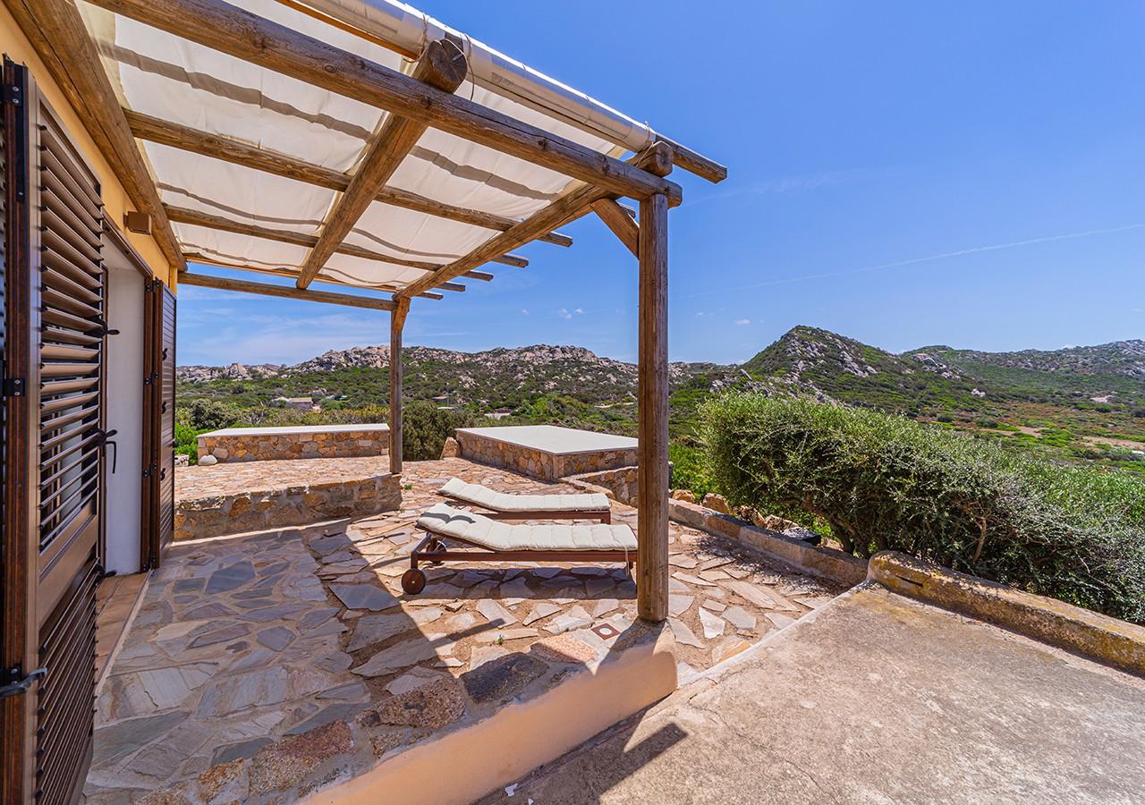 70-la-maddalena-affitto-immobiliare-murphy-windseahouse-veranda