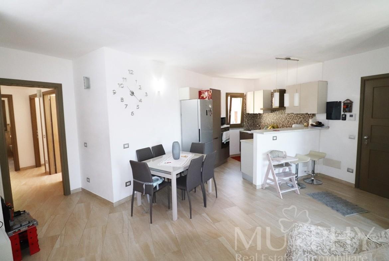 70-la-maddalena-vendita-immobiliare-murphy-via-terralugiana-soggiorno