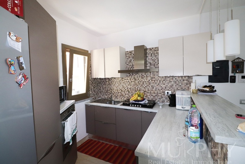 90-la-maddalena-vendita-immobiliare-murphy-via-terralugiana-angolo-cottura