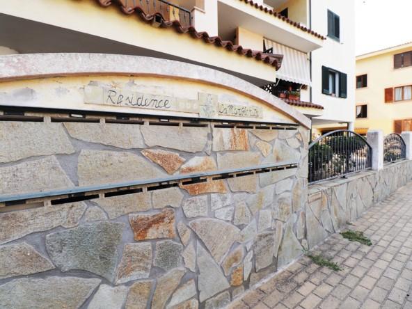 1-la-maddalena-affitto-immobiliare-residence-la-margherita-esterno