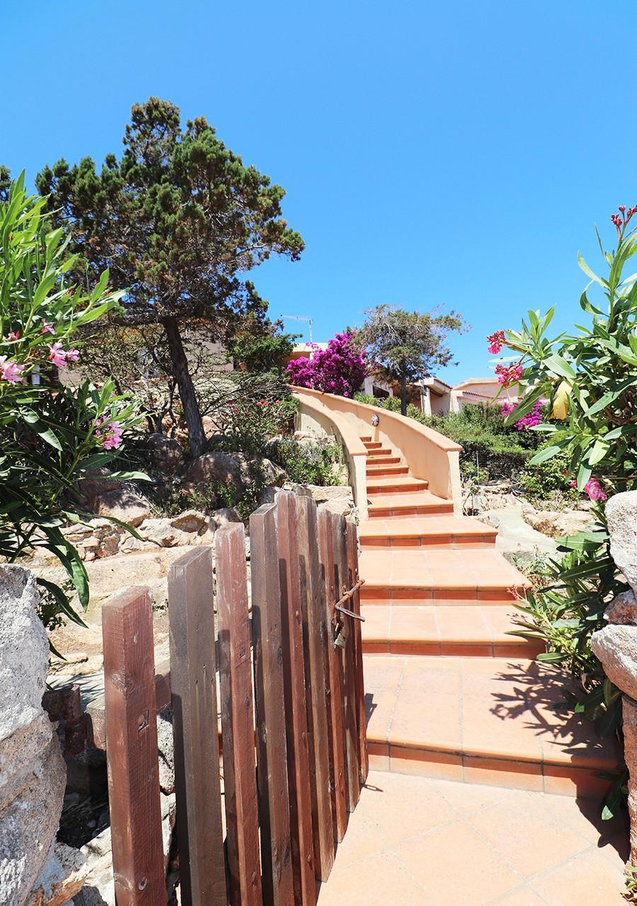 100-la-maddalena-affitto-immobiliare-murphy-residenza-vista-caprera-terrazza