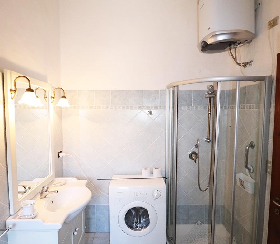 170-la-maddalena-affitto-immobiliare-murphy-residenza-vista-caprera-bagno