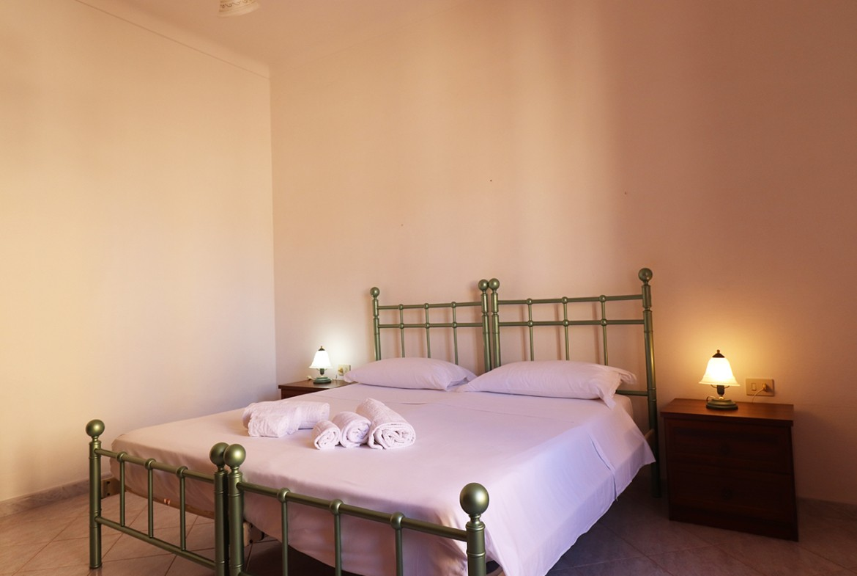 180-la-maddalena-affitto-immobiliare-murphy-residenza-cesaraccio-terrazza