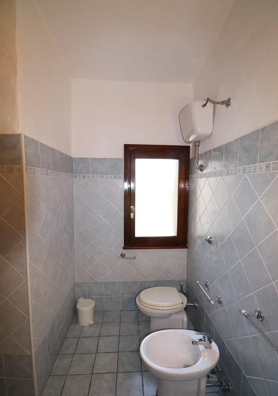 190-la-maddalena-affitto-immobiliare-murphy-residenza-vista-caprera-bagno