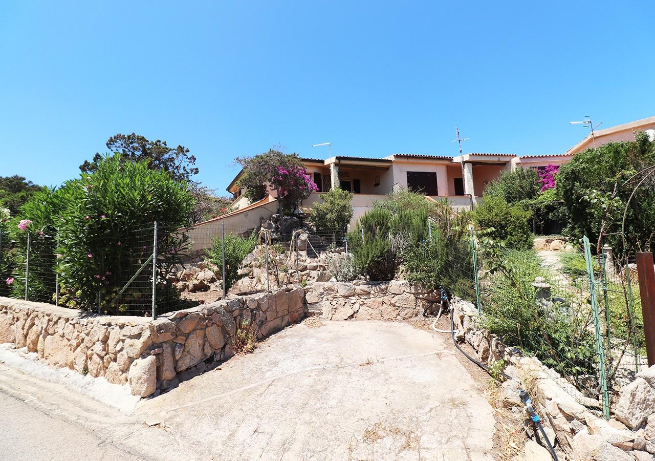 23-la-maddalena-affitto-immobiliare-murphy-residenza-vista-caprera-esterno