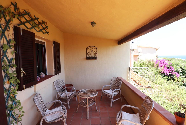 30-la-maddalena-affitto-immobiliare-murphy-residenza-vista-caprera-terrazza