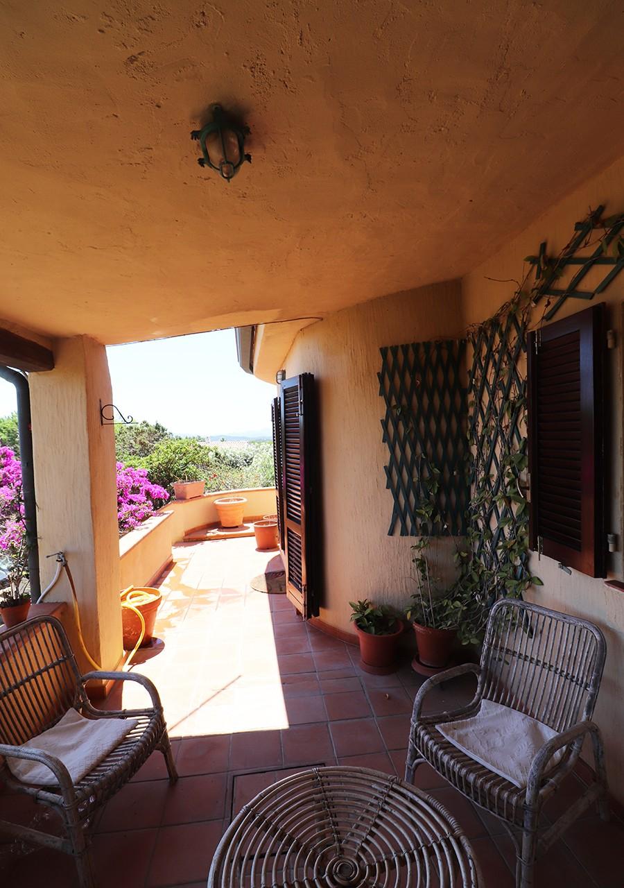60-la-maddalena-affitto-immobiliare-murphy-residenza-vista-caprera-terrazza
