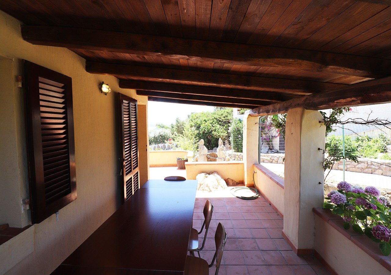 80-la-maddalena-affitto-immobiliare-murphy-residenza-vista-caprera-terrazza