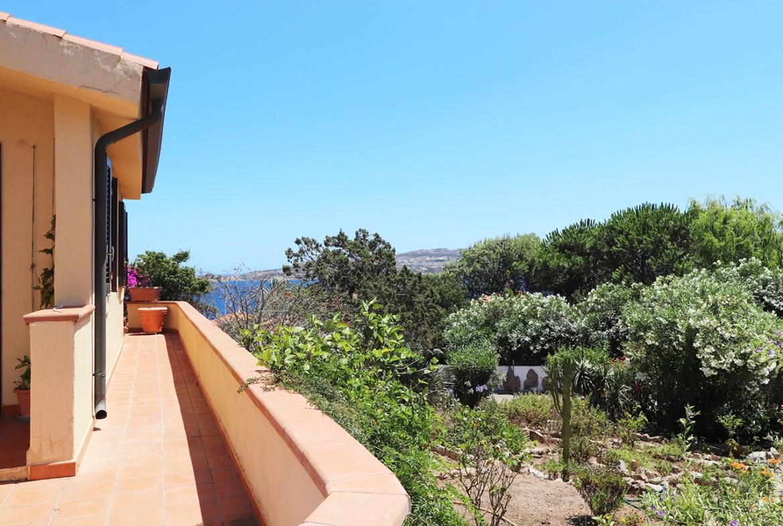 90-la-maddalena-affitto-immobiliare-murphy-residenza-vista-caprera-terrazza